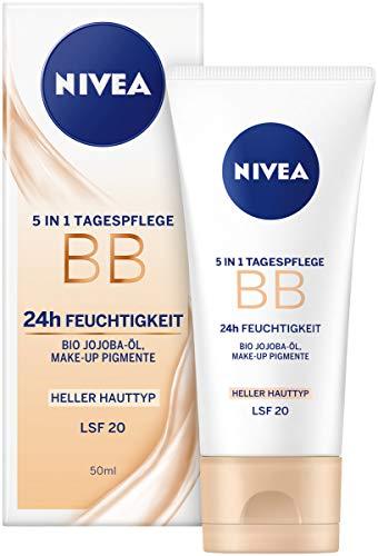 Nivea Essentials BB Cream 5in1 heller Hauttyp im 1er Pack (1 x 50 ml), getönte Tagescreme, Feuchtigkeitscreme für ein ebenmäßiges Hautbild